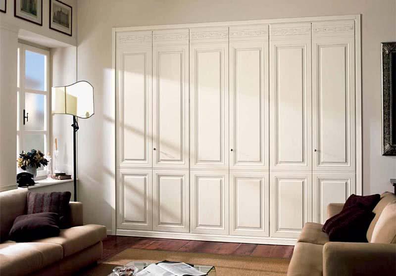 Распашные двери для встроенного шкафа в спб