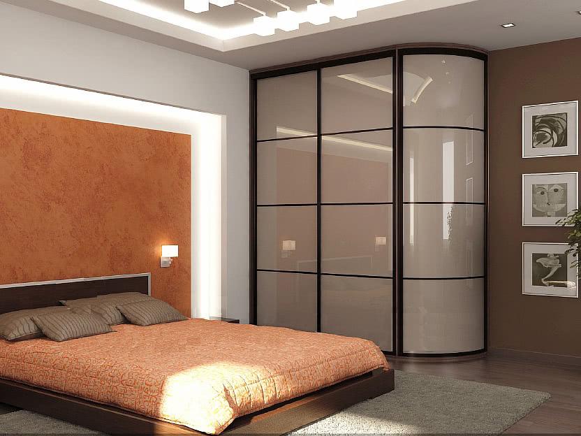 Современный шкаф купе для комнаты