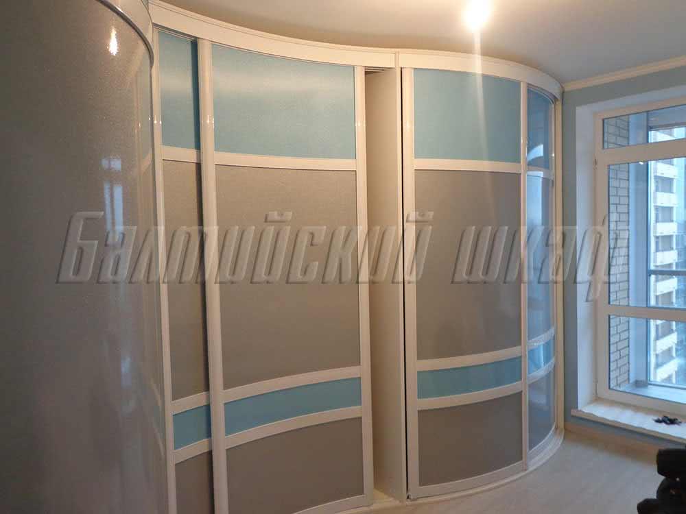 Большой угловой радиусный шкаф купе  шириной 4 метра
