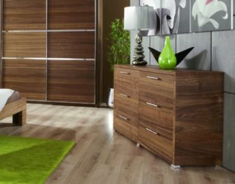 Комплект мебели из шпона в спальню