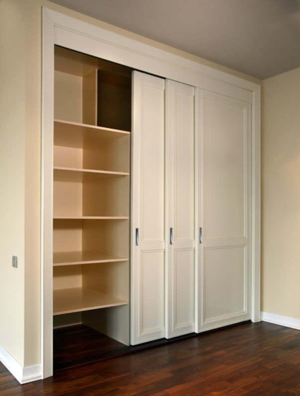 Шкаф встроенный в нишу