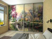 Встроенный шкаф купе во всю стену для спальни с фотопечатью